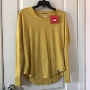 NWT north face long sleeve